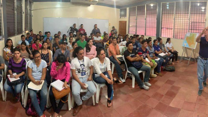 Celebran Foro Ambiental con Estudiantes de la UNAN-FAREM Chontales
